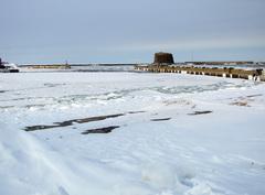 流氷接岸初日100208m2423.jpg